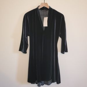 Zara woman NWT dark green velvet mini dress Small